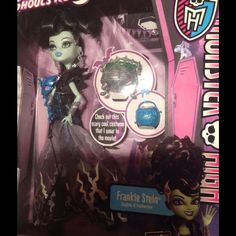 Monster high ghouls rule Frankie stein NIB never opened. No trades please pp preferred. Thanks for looking! Monster high Other