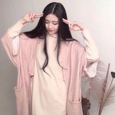 Ulzzang Couple, Ulzzang Girl, Korean Ulzzang, Ulzzang Fashion, Korean Fashion, Fashion Photo, Girl Fashion, Female Character Inspiration, Figure Poses