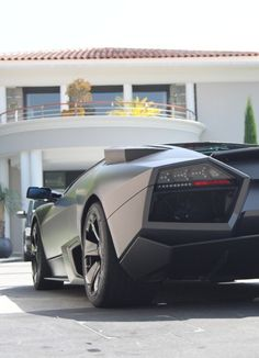 My ultimate dream car.... Now who wants to give me 1.6 million dollars..... ?..... anyone.... ?