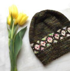 Ravelry: Let's Play! Beanie pattern by Willa Shalit + Juliana Um - free knitting pattern