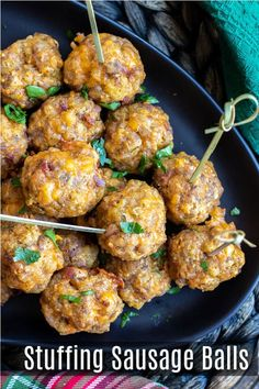 This is the BEST recipe for Stuffing Sausage balls made with sausage, bacon, stuffing, and cheddar cheese. This easy make ahead sausage ball recipe is a great appetizer for holiday parties! Make Ahead Appetizers, Bacon Appetizers, Thanksgiving Appetizers, Christmas Appetizers, Thanksgiving Recipes, Appetizer Recipes, Holiday Recipes, Christmas Drinks, Gluten Free Puff Pastry