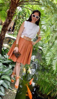 Susana Fernandez   A Key to the Armoire <Orange full skirt + Sailor blouse + tortoise vintage clutch + white sunglasses + Bakelite>