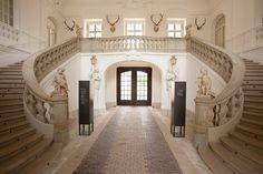 Schloss Lichtenwalde - Empfangshalle - Treppenaufgang