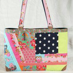 Shopper mit Zipp Patchwork Diaper Bag, Bags, Fashion, Scrappy Quilts, Handbags, Moda, Fashion Styles, Diaper Bags, Taschen