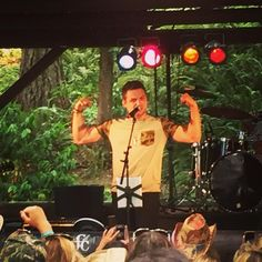 "Cort Carpenter on Instagram: ""Getttin' after it at the @oregonjamboree yesterday. Back at it again today 3:00pm. Let's party! #oregonjamboree2015 #oregon #oregonjamboree #letmeseeyourkoozie #countrymusic #country #illdrinktothat #follow #safeway"""