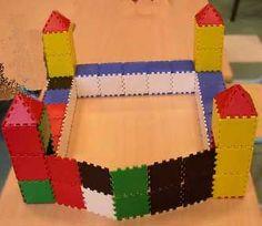 jeu de construction en volume écoe maternelle Science For Kids, Activities For Kids, Art For Kids, Medieval Knight, Medieval Castle, Castles Ks1, Knights And Castles Topic, Castle Classroom, Chateau Moyen Age