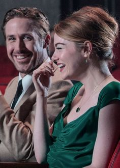 """Emma Stone and Ryan Gosling behind the scenes of La La Land "" Ryan Gosling, Emma Stone, Movies Showing, Movies And Tv Shows, Damien Chazelle, Culture Pop, Film Aesthetic, Romantic Movies, Film Serie"