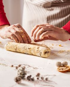 Baking a traditional german Christmas stollen Lisa Bauer, Cooking Risotto, German Christmas, Christmas Baking, Finding Yourself, Traditional, Drinks, Food, Drinking