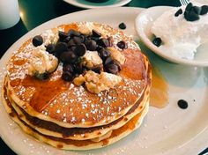 Make and share this Vegan Chocolate Chip Cookie Dough Pancakes recipe from Food.com.