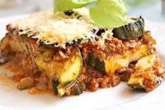 Lasagne s rajčaty, sýrem a šunkou Quiche, Risotto, Beef, Chicken, Breakfast, Ethnic Recipes, Treats, Foods, Lasagna