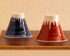 sake cup shaped Mt. Fuji 馬場商店 富士山 ぐいのみ