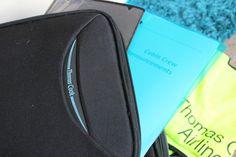 Anoushka Loves | The Air Hostesses Guide: What's in my Crew Bag | http://anoushkaloves.com