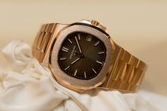 The New Patek Philippe Nautilus In Rose Gold Reference 5711R (Live Pics, Pricing, Availability)