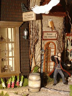Diagon Alley from the Leaky Cauldron Dollhouse: Harry Potter #miniature