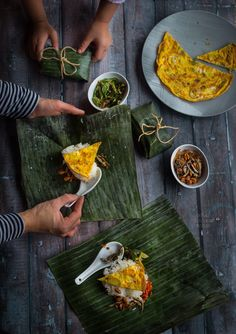 REBLOGGED - Indonesian nasi prang (mini spiced rice) - about 10 mini portion