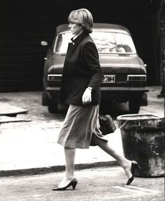 February 23, 1981: Lady Diana Spencer departs Coleherne court with flatmate Carolyn. She drops Carolyn off and collects sister Jane at KP & go to BP. Her car was seen parked there by a royal reporter. The following day at 11am her engagement was announced.