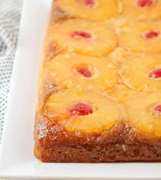 Pineapple upside down cake with a delicious caramelized pineapple and cherry topping. This classic dessert is so soft and moist, filled with the perfect amount of pineapple flavor! Cake Videos, Food Videos, Cherry Topping, Pineapple Upside Down Cake, Peach Upside Down Cake, Dirt Cake, Lil Luna, Cake Recipes, Dessert Recipes