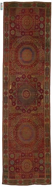 The 'Simonetti' Carpet Object Name: Carpet Date: ca. 1500 Geography: Egypt, probably Cairo Culture: Islamic Medium: Wool (warp, weft, and pile); asymmetrically knotted pile Dimensions: Rug: L. 353 in. (896.6 cm) W. 94 in. (238.8 cm) Tube: L. 106 in. (269.2 cm) Diam. 10 in. (25.4 cm) Classification: Textiles-Rugs