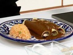 Mole negro de Guajaca con hojaldre