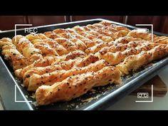 ΣΦΟΛΙΑΤΙΝΙΑ ΜΕ ΓΡΑΒΙΕΡΑ!! - YouTube Greek Recipes, Pie Recipes, Biscotti, Food To Make, Macaroni And Cheese, Waffles, Food And Drink, Appetizers, Bread