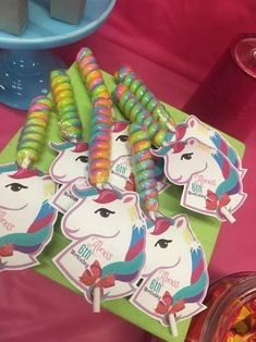 Having a JoJo Siwa party and looking for some fun and great ideas for the kids to take home as party favors? We have gathered up some of the best Jo Jo Siwa party favor ideas. 5th Birthday Party Ideas, Unicorn Birthday Parties, 8th Birthday, Birthday Party Favors, Unicorn Party, Birthday Party Decorations, Jojo Siwa Birthday Cake, Skate Party, Birthdays