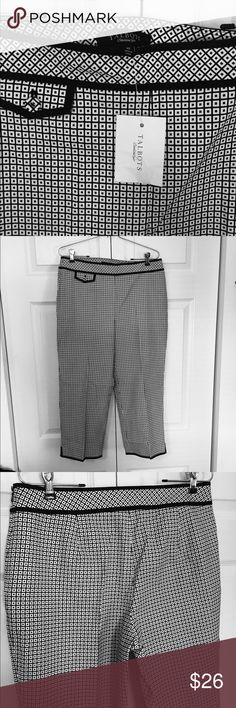 "TALBOTS Capri NWT sz 10 Black and white pattern Talbots Capri pants.  New with tags, size 10.  Total length 33"", inseam approx 21"", waist 16"".  Side zip.  97% cotton 3% spandex for stretch. Talbots Pants Capris"