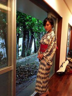 20150811 生活感 おとなっぽい浴衣にも チャレンジ|小島瑠璃子オフィシャルブログ「るりこのコト」Powered by Ameba