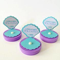 Latinha mint to be personalizada para festa: fundo do mar, a pequena sereia...    Medida da latinha: 5x1.  Cor da latinha à escolha, assim como a cor da ostra.