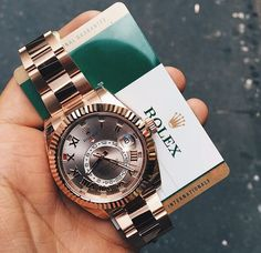 In some cases part of that image is the quantity of money you invested to use a watch with a name like Rolex on it; it is no secret how much watches like that can cost. Amazing Watches, Beautiful Watches, Cool Watches, Rolex Watches For Men, Luxury Watches For Men, Wrist Watches, Men's Watches, Silver Pocket Watch, Swiss Army Watches