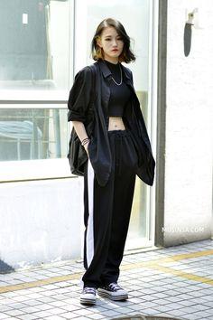 Ulzzang Fashion, Harajuku Fashion, 80s Fashion, Look Fashion, Girl Fashion, Fashion Outfits, Fashion Tips, Fashion Quiz, Fashion Quotes
