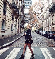 Exploring Paris... I am free!