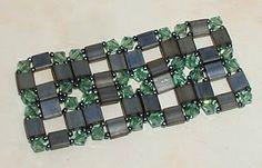 The Beaded Carpet: Crystal Corners Tila Bead stitch