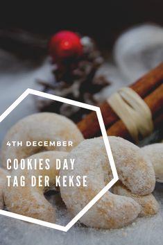 Am 4. Dezember ist Tag der Kekse! Holt euer Lieblingsrezept hervor und auf die Plätze fertig los: ausstechen - backen - verzieren #weihnachten #backen #vanillekipferl  Today is the day of cookies! Choose your favorite recipe and be ready for baking and decorating. Vienna, Cookies, Food, December, Biscuits, Weihnachten, Bakken, Cookie Recipes, Meals