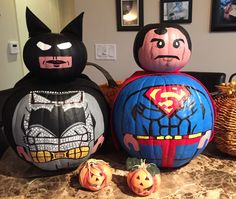 Discover recipes, home ideas, style inspiration and other ideas to try. Superhero Halloween, Halloween Party Themes, Halloween Decorations, Scary Halloween Pumpkins, Fall Halloween, Halloween Crafts, Halloween Ideas, Pumpkin Drawing, The Originals