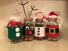 Very cute give away gift to co-workers, friends and family! Christmas Eve Box For Kids, Christmas Craft Fair, Christmas Gift Decorations, Christmas Crafts For Gifts, Christmas Projects, Christmas Mason Jars, Christmas Baskets, Pinterest Christmas Crafts, Relief Society