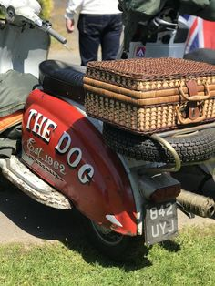 The Bulldog Run is a scooter rideout which attracts hundreds of riders to the rescue centre every year. #bulldog #scooter #vespa #lambretta #rideout