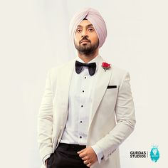 pic image Diljeet dosanj trending pic 2019 is part of Diljit dosanjh - Mens Fashion Suits, Mens Suits, Punjabi Boys, Indian Groom Wear, Designer Suits For Men, Punjabi Fashion, Turban Style, Formal Suits, Tuxedo For Men