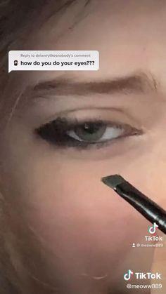 Dead Makeup, No Eyeliner Makeup, Kiss Makeup, Emo Makeup Tutorial, Smoky Eye Makeup Tutorial, Makeup Inspo, Makeup Tips, Pretty Eye Makeup, Grunge Makeup