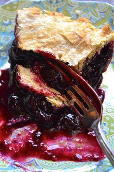 Concord Grape Pie Just Desserts, Dessert Recipes, Dessert Ideas, Drink Recipes, Italian Desserts, Pie Dessert, Italian Recipes, Grape Pie Recipes, Sweet Recipes