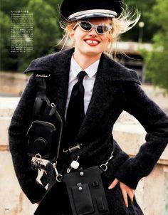 Vogue Japão Janeiro 2015 | Devon Windsor & Natalie Siomiak por Katja Rahlwes [Editorial]