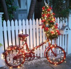 Beach Cottage Christmas Curb Appeal! A Christmas Bike with Mini Tree in Key West. Photographed by The Visual Vamp:  http://thevisualvamp.blogspot.com/