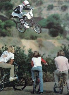Team Diamond Back Bmx Cruiser, Bmx Racing, Bmx Freestyle, Bmx Bikes, Stunts, Mountain Biking, Old School, Nostalgia, Surfing