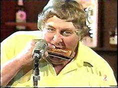 Koolstoof Vastrap - Willie Nelson en die Namakwalanders - YouTube Willie Nelson, Afrikaans, Aloe, Plant, Videos, Music, Youtube, Musica, Musik