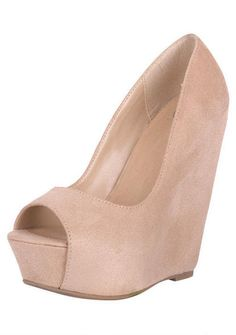 The Perfect professional touch to an outfit, and neutral toned so it can match with anything, want these!
