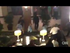 Bagarre avec la police en plein mariage - http://www.ccompliquer.fr/video/bagarre-avec-la-police-en-plein-mariage/
