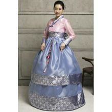 Today's Hot Pick :[MIN56]Custom Made Silk Korean Hanbok Dress With Patterned Hem And Pink Matching Jacket http://fashionstylep.com/SFSELFAA0002348/french94en/out Channel an elegant goddess with this traditional Korean hanbok dress. Cascades into a layer of silk patterned floor-length skirt. With a sweet pink jacket, long sleeves and wrap style with a ribbon front. Celebrate your festivals and special occasions with style and couture culture.