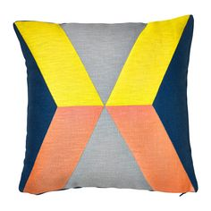 IKEA PS 2014 Cushion cover IKEA Cover is made of ramie; a hard-wearing and absorbent natural material. The zipper makes the cover easy to remove.