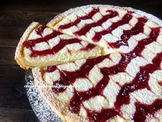 Raspberrybrunette: Linz cheesecake with raspberry jam Easy No Bake Desserts, Sweet Desserts, Sweet Recipes, Delicious Desserts, Yummy Food, European Dishes, Food 101, Czech Recipes, Pastry Cake