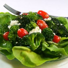 Fresh Broccoli Salad with Tomatoes, Black Olives and Feta Cheese