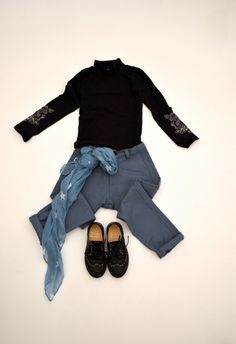 BLUE and BLACK OUTFIT on www.fiammisday.com